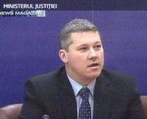 Ministrul Justiţiei, mandatat de premier să discute cu magistraţii pe tema salarizării unice