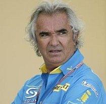 Renault dă în judecată familia Piquet pentru şantaj