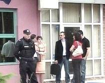 Tentativă de jaf, în Ialomiţa: Un bărbat înarmat cu o puşcă a încercat să spargă un magazin
