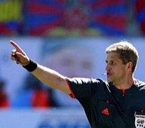 Europa League debutează cu introducerea a cinci arbitri pe teren