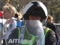 Poliţist de la Rutieră, agresat pe o stradă din Capitală, după ce a încercat să aplaneze un conflict