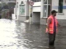 Inundaţii în Constanţa, după o scurtă ploaie torenţială. Vezi prognoza meteo