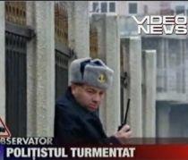 Poliţist turmentat în timpul programului, filmat cu camera ascunsă (VIDEO)