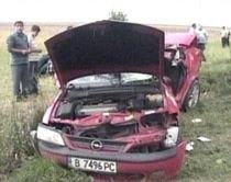 A murit în rochia de nuntă. Maşina miresei a fost lovită de o autoutilitară (VIDEO)