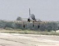 300 de angajaţi de la Avioane Craiova ar putea fi trimişi în şomaj
