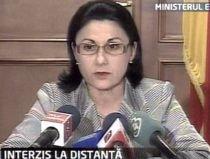 Andronescu: Pot să plec azi sau mâine, dar 2720 de directori sunt numiţi cu delegaţie (VIDEO)