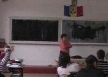 Raportul comisiei prezidenţiale recomandă interzicerea meditaţiilor cu elevi proprii în afara şcolii
