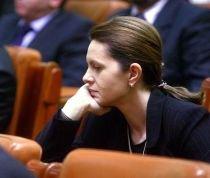 Test de vigilenţă parlamentară. Adriana Săftoiu a citit un fals discurs în faţa deputaţilor