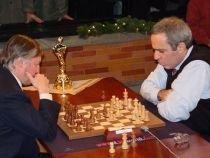 Un nou duel Kasparov - Karpov, la 25 de ani de la prima confruntare a campionilor la şah