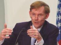 Banca Mondială: Dolarul ca principală rezervă valutară este ameninţat