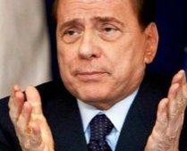 """Berlusconi a glumit din nou pe seama """"bronzului"""" familiei Obama (VIDEO)"""