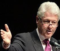 Bill Clinton: ?O conspiraţie vastă a aripii drepte îl atacă pe Obama?