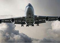 UE propune reduceri ale emisiilor de gaze pentru avioane şi vapoare