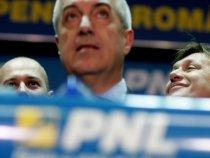 PNL şi UDMR au depus moţiunea de cenzură. Tăriceanu: Guvernul Boc alunecă spre totalitarism