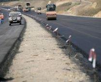 4 miliarde dolari cheltuiţi în zece ani pentru 200 de kilometri de autostradă