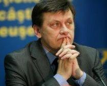 """Antonescu: """"Domnule Croitoru, nu înţeleg ce căutaţi azi în Parlamentul României"""""""