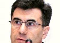 Guvernul Croitoru, picat de majoritatea pro Iohannis. Boc rămâne premier!