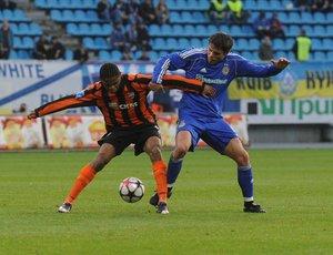 Lucescu şi Raţ pierd la scor duelul cu Ghioane. Dinamo Kiev - Şahtior Doneţk 3-0