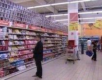 La cumpărături, în ajunul Anului Nou. Programul hipermaketurilor şi al instituţiilor publice