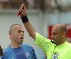 """UEFA a suspendat un arbitru bosniac pe viaţă. Alţi doi """"fluieraşi"""" au primit pedepse pe termen limitat"""