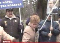 Bucureştenii protestează faţă de vânzarea a şapte hectare din Parcul Herăstrău către firme private (VIDEO)