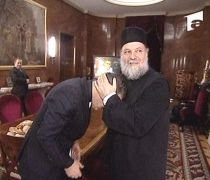 Gigi Becali, supărat pe duhovnicul său, nu vrea să se mai spovedească în România (VIDEO)