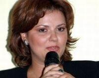 Cursă între partidele de Opoziţie: PNL anunţă iniţierea unei moţiuni de cenzură, PSD a şi întocmit textul