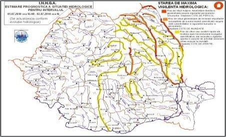 Hidrologii au instituit Cod Roşu de inundaţii pe râurile Olt, Prut şi Siret