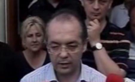 """Boc s-a dus în localitatea vecină de Săuceşti: Am stat cu peste 100 de oameni """"de poveşti"""" (VIDEO)"""