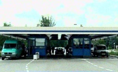 Tot mai mulţi români cumpără benzină mai ieftină din Republica Moldova (VIDEO)