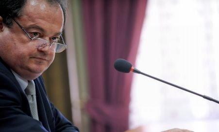 Blaga, după şedinţa BPN: Nu s-a discutat despre remaniere, s-au stabilit măsuri de relansare economică