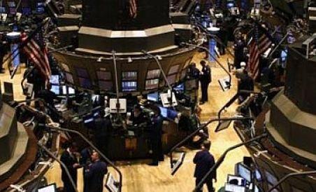 Wall Street urcă modest după cinci zile de pierderi