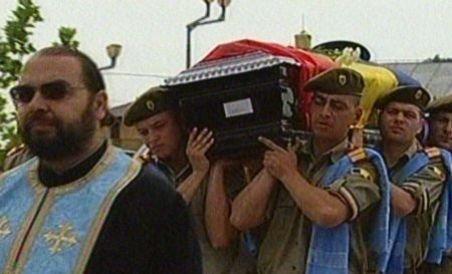 Comandorul Nicolae Jianu, al 12-lea erou de la Tuzla, condus pe ultimul drum (VIDEO)