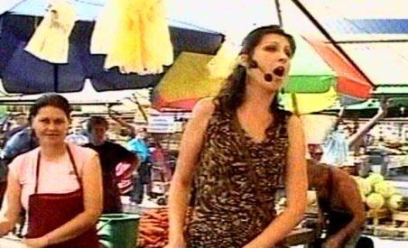 Promovare inedită pentru Transilvania Fest. Artiştii de operă au cântat printre tarabele din pieţele sibiene (VIDEO)