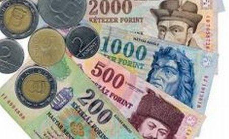 Depreciere puternică a forintului, după eşuarea negocierilor dintre FMI şi autorităţile din Ungaria