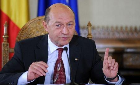 ?Băieţii veseli? din industria cărnii, luaţi în colimator de Băsescu: Ştiu doar să mărească preţurile la carne (VIDEO)