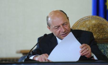 Băsescu: Consider inacceptabilă formularea CE că România încalcă angajamentele asumate (VIDEO)