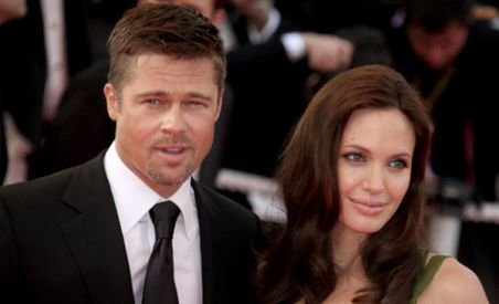 Brad Pitt şi Angelina Jolie vor primi despăgubiri pentru ştirea că se despart (VIDEO)