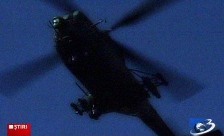 Salvamontiştii, informaţi iniţial că elicopterul israelian s-ar fi prăbuşit în Zărneşti şi nu în Guţău (VIDEO)