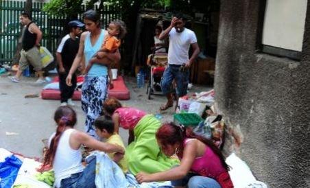 Romii care comit delicte în Franţa vor fi repatriaţi în România