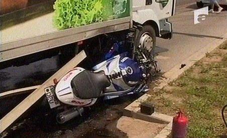 Oradea. Un tânăr motociclist a murit după ce a fost strivit de un camion (VIDEO)