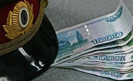 Rusia, ţara corupţiei: Un post de inspector al poliţiei rutiere, 50.000 de dolari