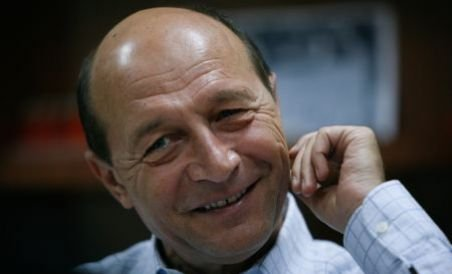 Băsescu: Profesorul e mai bine plătit decât mine. Avem şi posibilitatea să mai căutăm un job (VIDEO)