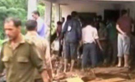India: 18 copii au murit, după ce o şcoală a fost distrusă de o alunecare de teren (VIDEO)