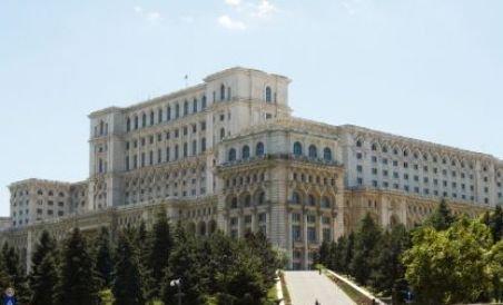 Palatul Parlamentului are nevoie de reparaţii urgente (VIDEO)