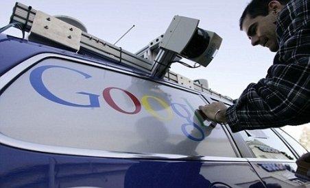 Google a testat cu succes maşini care se conduc singure pe bulevarde aglomerate din SUA