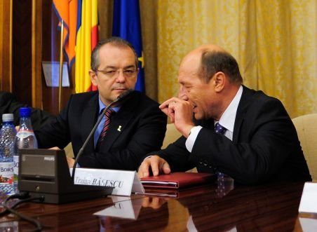 Emil Boc a discutat cu Traian Băsescu despre situaţia de la Finanţe