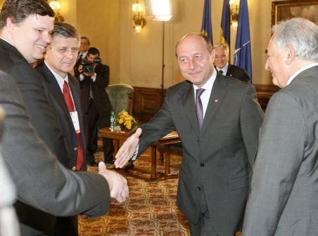 Traian Băsescu susţine un nou împrumut de la FMI