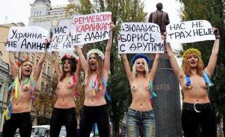 Protest topless în Ucraina, faţă de vizita lui Putin