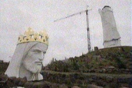 Polonezii construiesc cea mai mare statuie a lui Iisus din lume: 33 metri